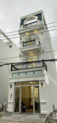 Nhà phố HUyện Nhà Bè diện tích 64m2, kết cấu 1 trệt 2 lầu.
