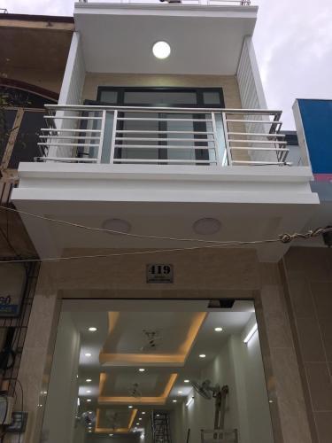 Nhà mặt tiền đường Bạch Đằng, cách chợ Bà Chiểu 500m, sổ hồng đầy đủ.