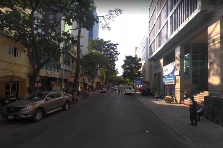 đường Phó Đức Chính Nhà phố hướng Đông Bắc, hẻm xe hơi quay đầu rộng rãi.
