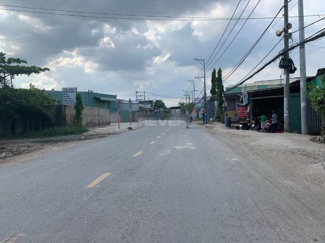 Mặt bằng kinh doanh Quận 9 Mặt bằng kinh doanh diện tích 200m2, ngay ngã 3 Long Thuận.