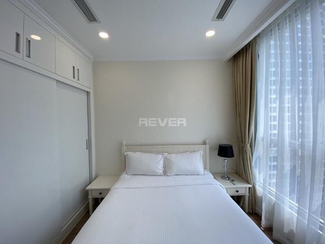 Phòng khách , Căn hộ Vinhomes Central Park , Quận Bình Thạnh Căn hộ tầng 27 Vinhomes Central Park gồm 3 phòng ngủ, đầy đủ nội thất.