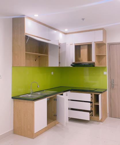 Căn hộ Vinhomes Grand Park tầng 17 thiết kế hiện đại, nội thất cơ bản.