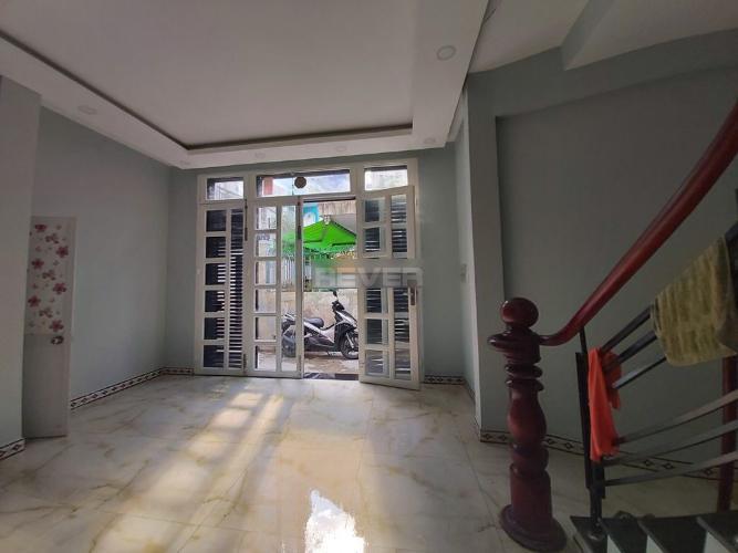Bên trong nhà phố Điện Biên Phủ, Bình Thạnh Nhà phố hướng Đông Bắc, 2 mặt hẻm trước sau.