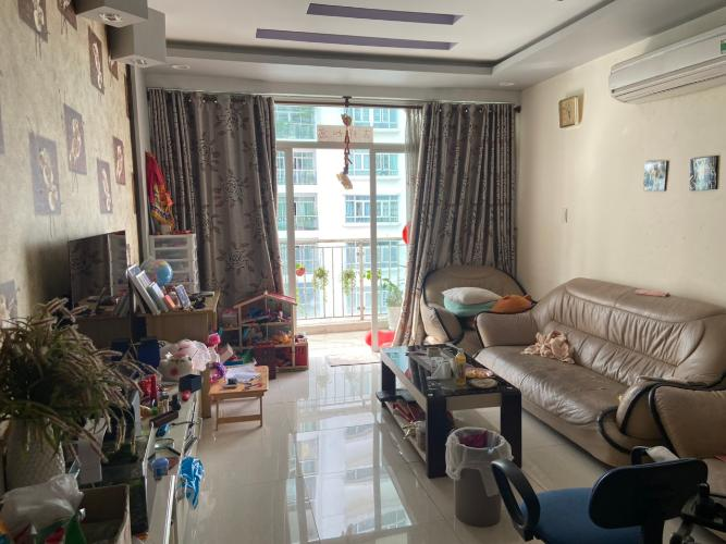 Phòng khách căn hộ New Sài Gòn, Nhà Bè Căn hộ New Sài Gòn đầy đủ nội thất, thiết kế vô cùng hiện đại.