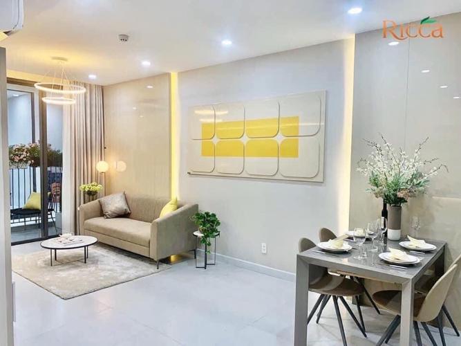 Phòng khách căn hộ Ricca Căn hộ Ricca nội thất cơ bản, gam màu trắng chủ đạo.