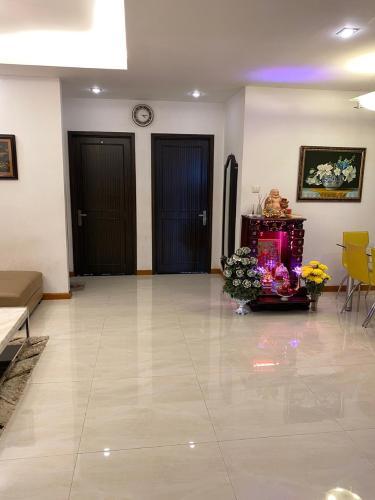 Căn hộ chung cư An Phú hướng Tây Bắc đầy đủ nội thất tiện nghi.