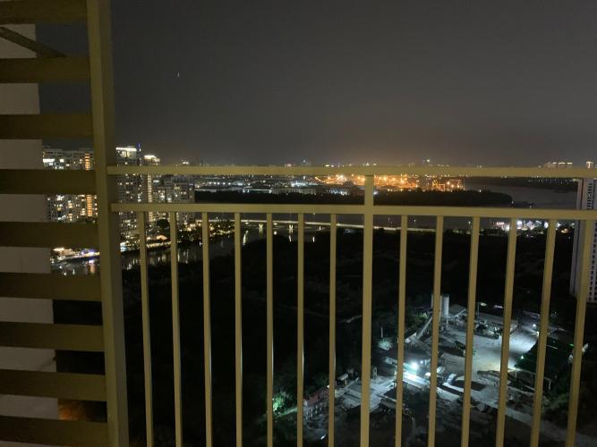 view cảnh căn hộ The Sun Avenue Căn hộ The Sun Avenue tầng cao, đón view Landmark 81.