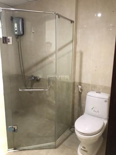 Phòng tắm Chánh Hưng Giai Việt, Quận 8 Căn hộ Chánh Hưng Giai Việt tầng trung, nội thất đầy đủ.
