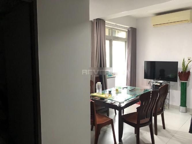 Phòng khách căn hộ chung cư Hưng Vượng 3 Căn hộ chung cư Hưng Vượng 3 view nội khu yên tĩnh, tầng thấp.