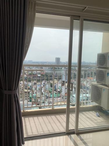 Căn hộ Lucky Palace hướng Đông Nam, view thành phố.