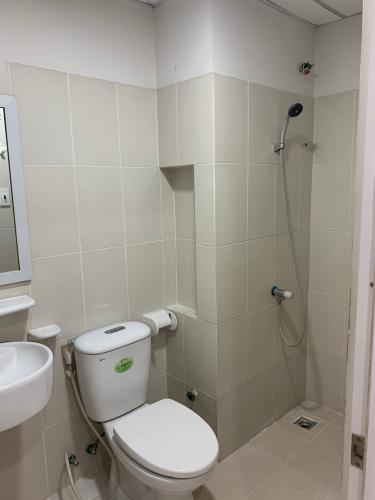 Phòng tắm Ehome 3, Bình Tân Căn hộ Ehome 3 nội thất cơ bản, hướng Đông Nam.