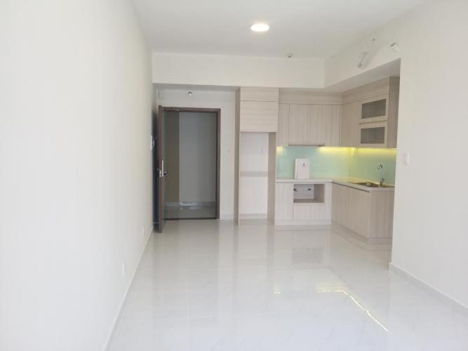 Phòng khách Safira Khang Điền, Quận 9 Căn hộ Safira Khang Điền tầng trung, ban công hướng Tây Bắc.