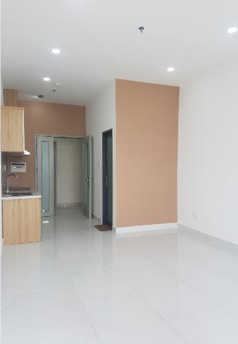Căn hộ Office-tel Viva Riverside nội thất cơ bản, ban công thoáng mát.