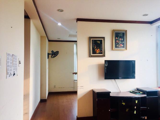 Căn hộ Hoàng Anh Giai Việt tầng thấp, đầy đủ nội thất.