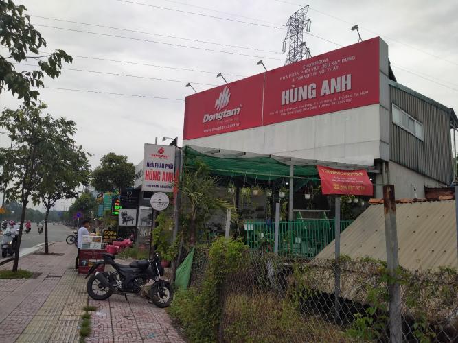 Mặt bằng kinh doanh Quận Thủ Đức Mặt bằng kinh doanh đường Phạm Văn Đồng diện tích 100m2, nội thất cơ bản.