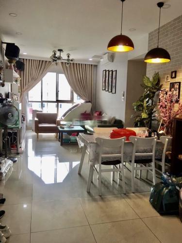 Căn hộ Celadon City tầng 9 căn góc thoáng mát, đầy đủ nội thất.