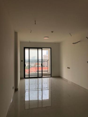 Căn hộ tầng 8 Saigon Royal view thành phố, không nội thất.