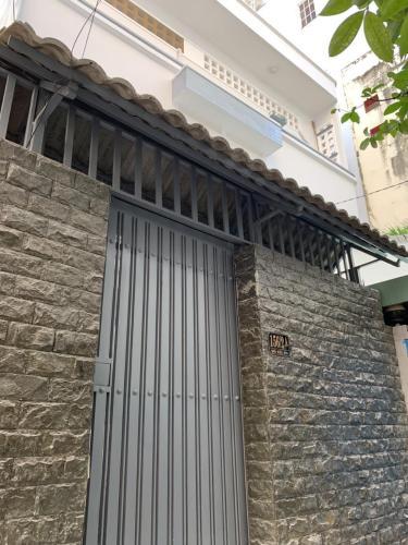 Bán nhà hẻm Trần Bình Trọng, phường 4, Quận 5. Diện tích đất 60.6m2, diện tích sàn 120.2m2