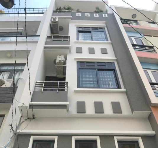 Nhà phố 1 trệt 3 lầu hẻm đường Trần Huy Liệu nội thất đầy đủ