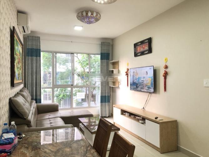 Căn hộ Celadon City đầy đủ nội thất, view hồ bơi nội khu.