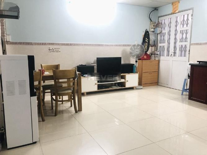 Căn hộ chung cư TDH Phước Long, nội thất cơ bản.