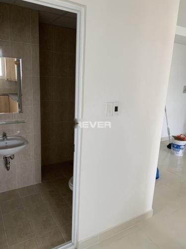 Phòng tắm chung cư  Khuông Việt, Tân Phú Căn hộ chung cư Khuông Việt, rộng rãi, thoáng mát