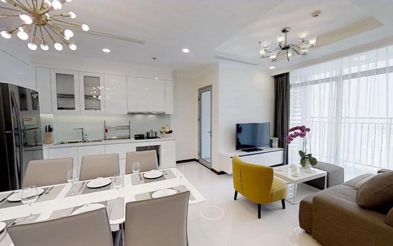Phòng khách Vinhomes Central Park Căn hộ Vinhomes Central Park hướng Đông Bắc, nội thất đầy đủ.