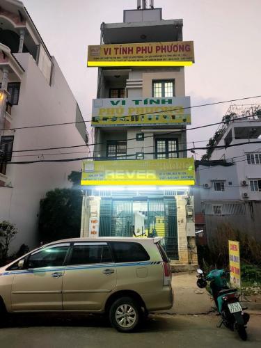Mặt tiền nhà phố Quận Bình Tân Nhà phố nằm tại KDC Nam Hùng Vương hướng Đông Bắc, đường xe hơi.