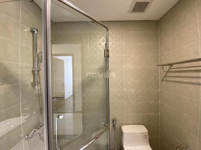 Phòng tắm , Căn hộ Vinhomes Central Park , Quận Bình Thạnh Căn hộ tầng 27 Vinhomes Central Park gồm 3 phòng ngủ, đầy đủ nội thất.