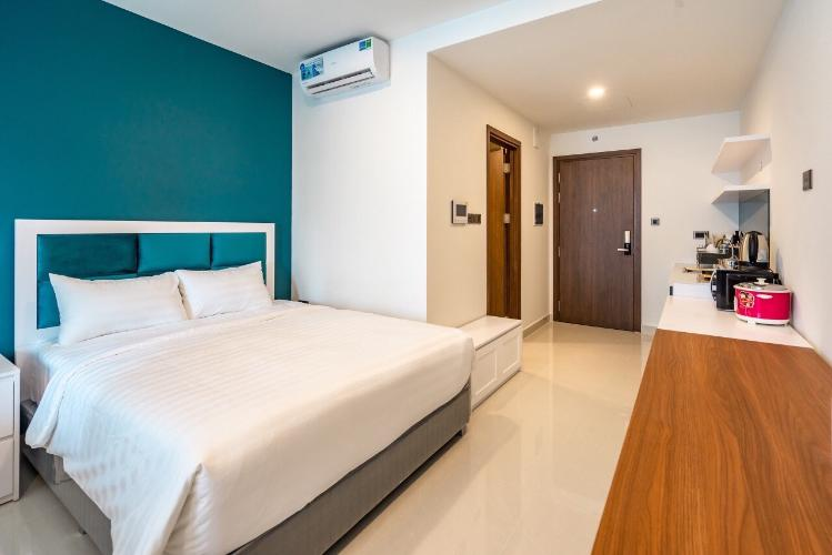 Căn hộ office-tel Saigon Royal nội thất đầy đủ, view thoáng mát.