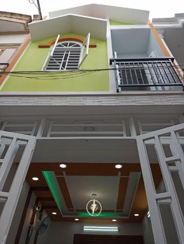 Mặt tiền nhà phố  Nhà phố hướng cửa Tây Nam diện tích sử dụng 37m2, sổ hồng riêng.