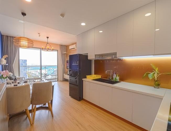 Căn hộ Masteri Millennium tầng 25, đầy đủ nội thất và tiện ích.