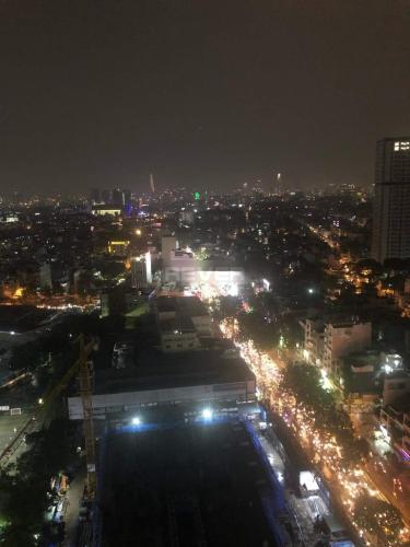 View The Everich 1, Quận 11 Căn hộ The Everrich 1 tầng cao, view thành phố lung linh về đêm.
