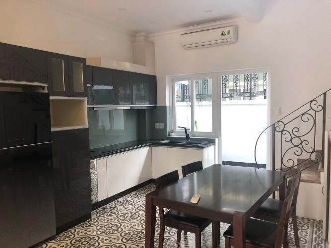 Phòng bếp nhà phố Quận 9 Nhà phố KDC Mega Village Quận 9 diện tích sử dụng 225m2, đầy đủ nội thất.