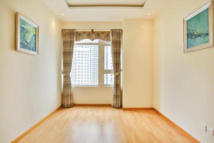 Phòng ngủ 3 để trống có thể thiết kế thành phòng làm việc Căn hộ 3 phòng ngủ tầng cao Ruby 1 Saigon Pearl