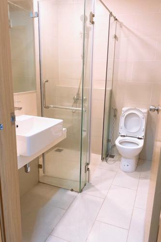 Toilet căn hộ An Gia Skyline, Quận 7 Căn hộ tầng cao An Gia Skyline bàn giao đủ nội thất tiện nghi.