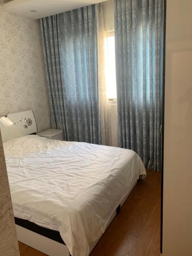 Phòng ngủ Celadon City, Tân Phú Căn hộ Celadon City tầng thấp, đầy đủ nội thất.