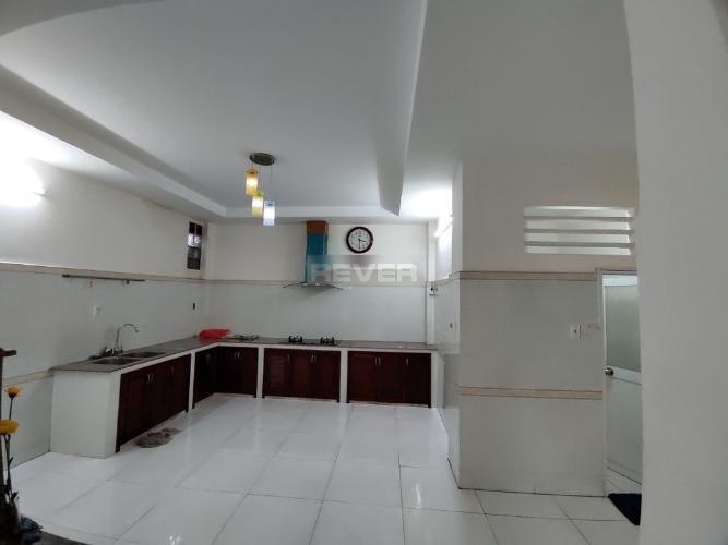 Phòng bếp nhà phố Quận 12 Nhà 1 trệt 1 lầu Quận 12 hướng Nam, diện tích sử dụng 200m2.