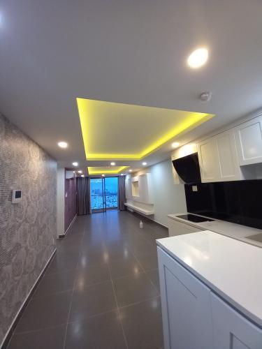 Căn hộ The Gold View tầng 32 cửa hướng Tây Nam, không có nội thất.