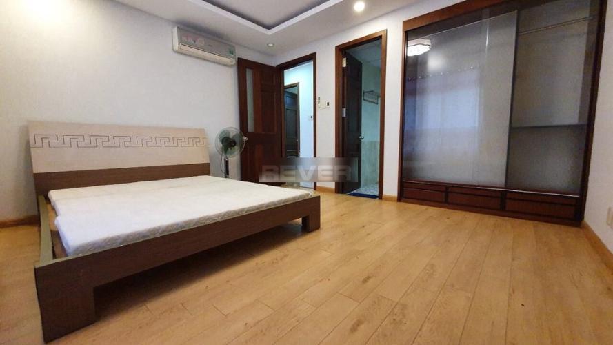 Phòng ngủ Chánh Hưng- Giai Việt, Quận 8 Căn hộ Chánh Hưng Giai Việt tầng trung, ban công hướng Đông.