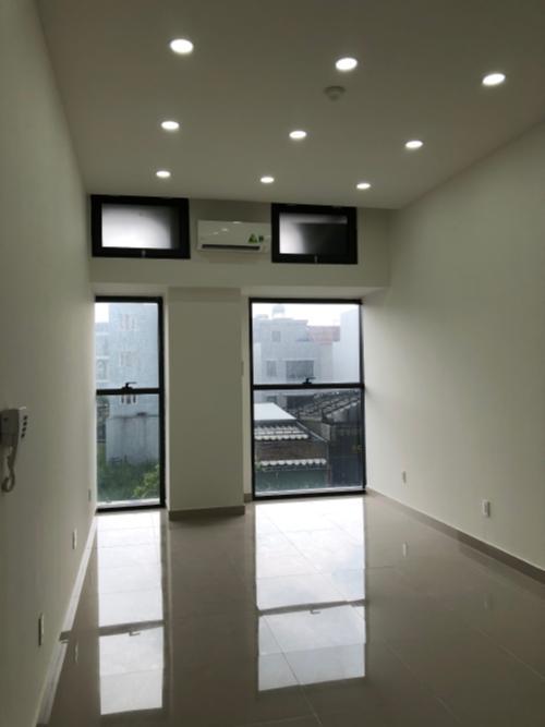 Căn hộ tầng thấp The Sun Avenue nội thất cơ bản, dọn vào ở ngay.