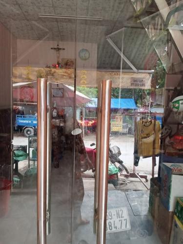 Nhà phố Tân Nhựt Bình Chánh Cho thuê nhà phố 1 trệt 1 lầu, không nội thất Tân Nhựt Bình Chánh