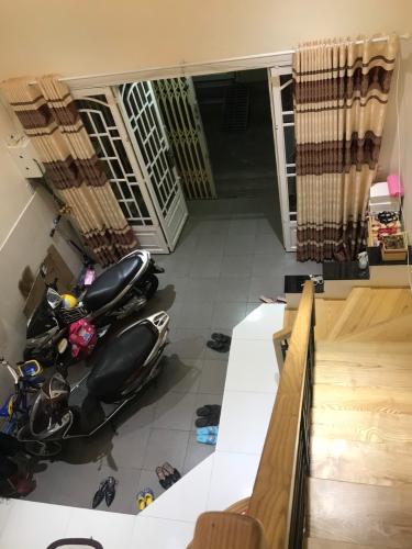 Phòng khách Nhà phố hẻm rộng 3m hướng Tây, diện tích 95.85m2.
