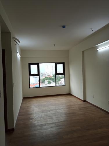 Căn hộ Flora Novia tầng trung, nội thất cơ bản.