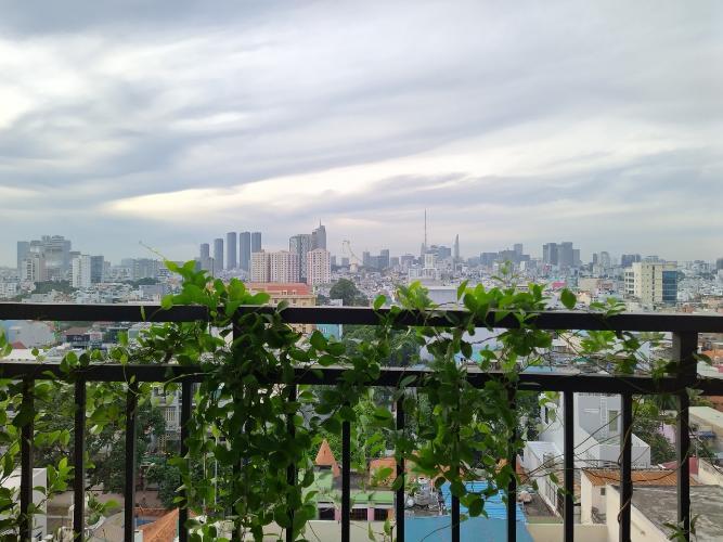 Ban công căn hộ Tecco Central Home, Bình Thạnh Căn hộ Tecco Central Home nội thất cơ bản, view thành phố thoáng mát.