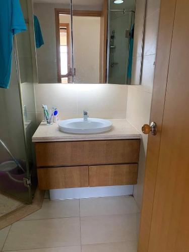 Toilet Saigon Pearl Quận Bình Thạnh Căn hộ Saigon Pearl tầng thấp, nội thất đầy đủ.