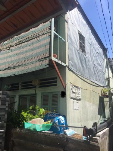 Bán nhà phố hẻm Đường Bến Vân Đồn phường 2, Quận 4, diện tích đất 70.1m2, diện tích sử dụng 99.7m2.