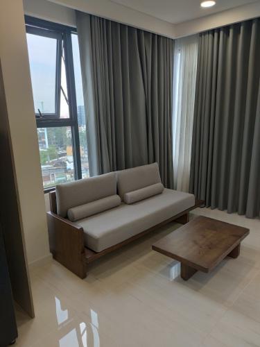Căn hộ Kingdom 101 view thành phố, đầy đủ nội thất.