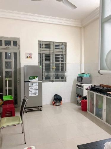 Phòng bếp nhà phố Huyện Bình Chánh  Nhà phố khu dân cư Bình Hưng, thuận tiện mở văn phòng