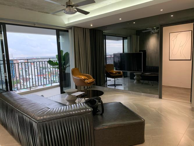 Phòng khách căn hộ The View Riviera Point Căn hộ tầng cao Riviera Point đầy đủ nội thất, ban công rộng view sông